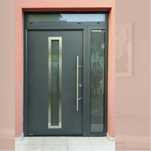 Dvoukřídlé venkovní vchodové ocelohliníkové dveře do domu